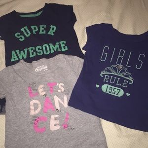 Bundle of 3 short sleeves t shirts size 4t